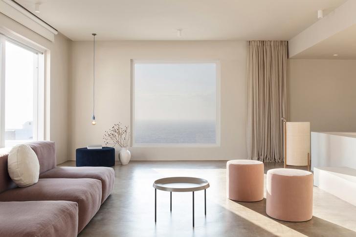 Белоснежная вилла на Санторини от Kapsimalis Architects (фото 12)