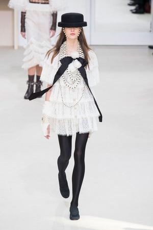 Chanel | Подиум на ELLE - Подиум - фото 4545