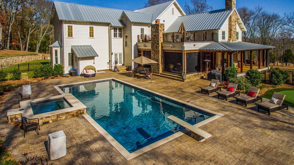 Новый дом Майли Сайрус в Теннеси | галерея [1] фото [3]