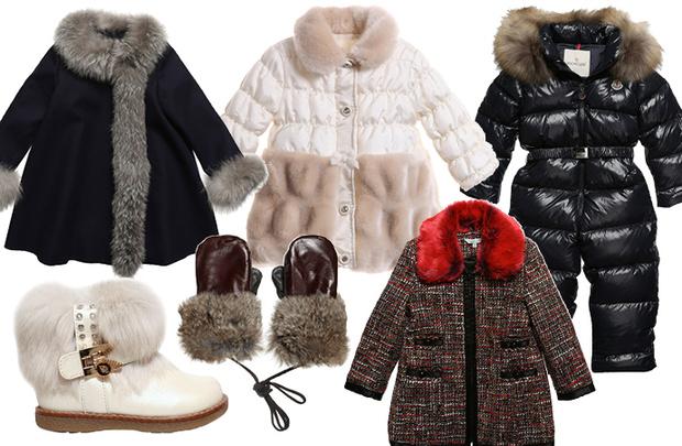 Выбор ELLE: черное пальто Dior, белая куртка и сапоги Miss Blumarine, варежки Petit Nord, комбинезон Moncler, твидовое пальто Little Marc Jacobs