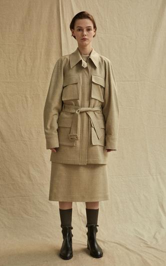 Сафари-куртка — идеальная вещь для весенних прогулок. Вот 15 вариантов (фото 8.1)
