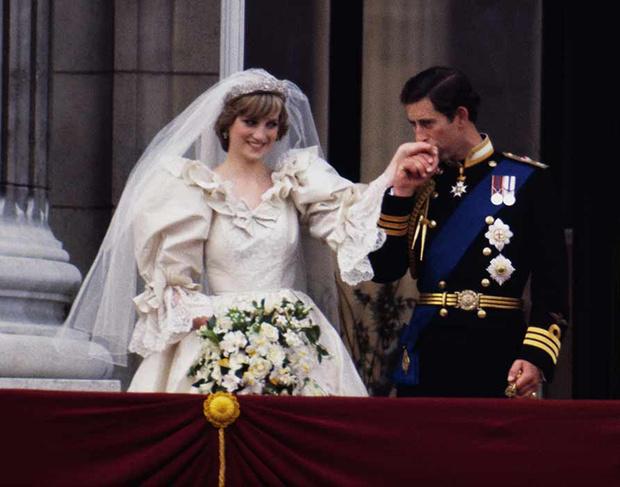 10 самых необычных подарков на королевскую свадьбу (фото 29)