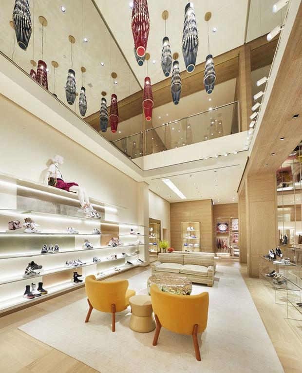 Питер Марино оформил новый флагман Louis Vuitton в Сиднее (фото 4)