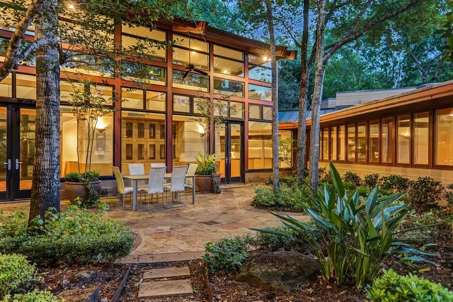 5 домов Фрэнка Ллойда Райта, которые можно купить прямо сейчас (галерея 12, фото 0)