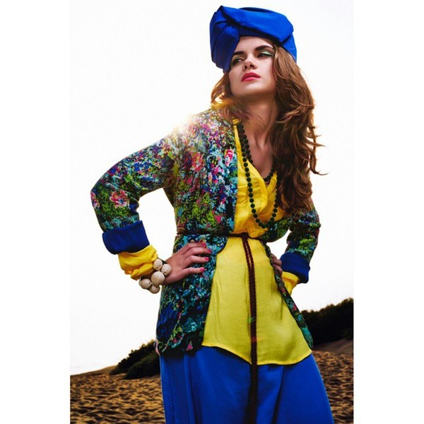 Editorial from @ellementsmagazine  Ph: @emmanuel_rola_photography  Muah: @nattsl Styling: @Martina_dorta  #konkurs_elle_etihad_biletix #Восточная_сказка #Etihad #Biletix #Elle