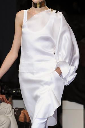Показ Givenchy коллекции сезона Весна-лето 2013 года Prêt-à-porter - www.elle.ru - Подиум - фото 461490