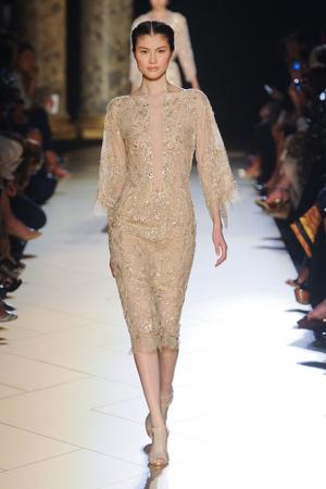 Показ Elie Saab коллекции сезона Осень-зима 2012-2013 года haute couture - www.elle.ru - Подиум - фото 404574