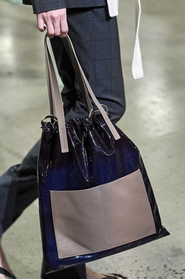 70 лучших сумок с показов Fall/Winter 2019 (фото 80)