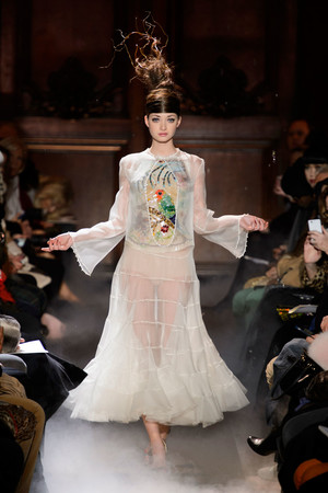 Показ Franc Sorbier коллекции сезона Весна-лето 2015 года haute couture - www.elle.ru - Подиум - фото 593405