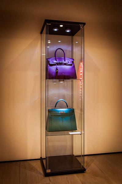 Первая выставка эксклюзивных сумок Hermès и винтажной одежды модных Домов в Москве   галерея [1] фото [5]