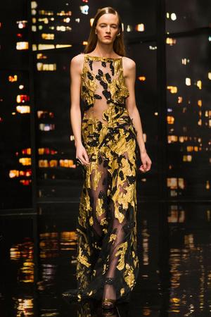 Показ Donna Karan New York коллекции сезона Осень-зима 2015-2016 года prêt-à-porter - www.elle.ru - Подиум - фото 593904