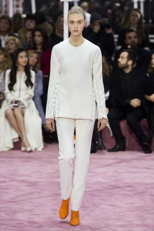 Показ Christian Dior коллекции сезона Весна-лето 2015 года Haute couture - www.elle.ru - Подиум - фото 592827
