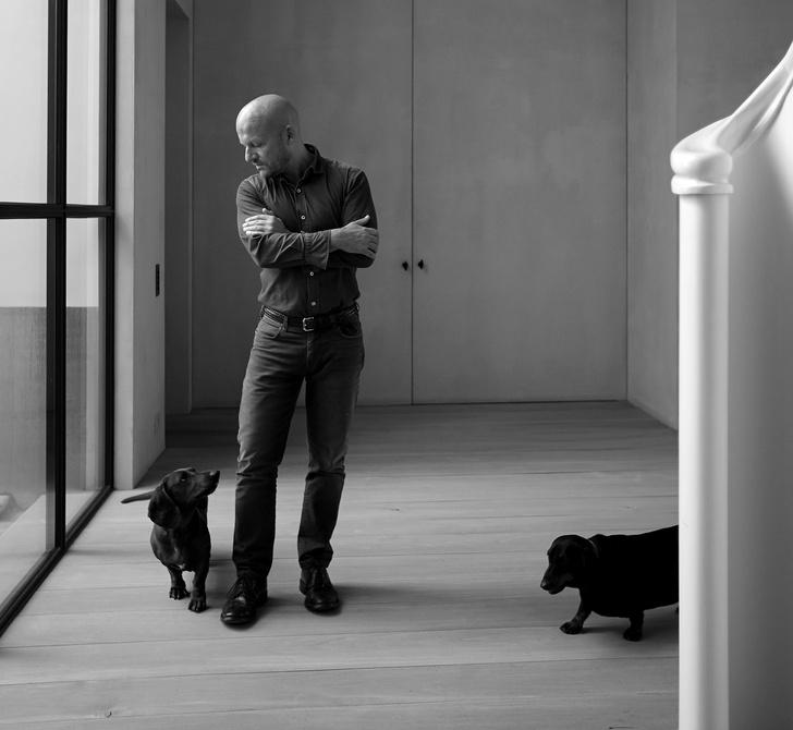 Известные дизайнеры и их собаки (фото 14)