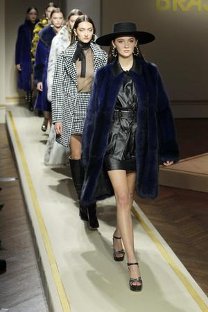 В рамках недели моды в Милане прошел показ новой коллекции Braschi (фото 7.1)