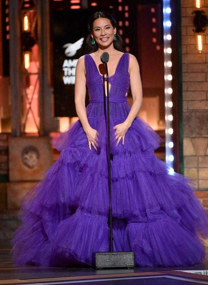 Самое впечатляющее платье Tony Awards — у Люси Лью (фото 1)