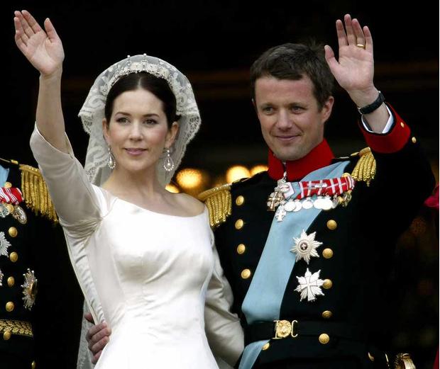 10 самых необычных подарков на королевскую свадьбу (фото 11)