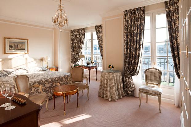 Круассаны в постель: 5 парижских отелей с образцовыми завтраками (фото 1)