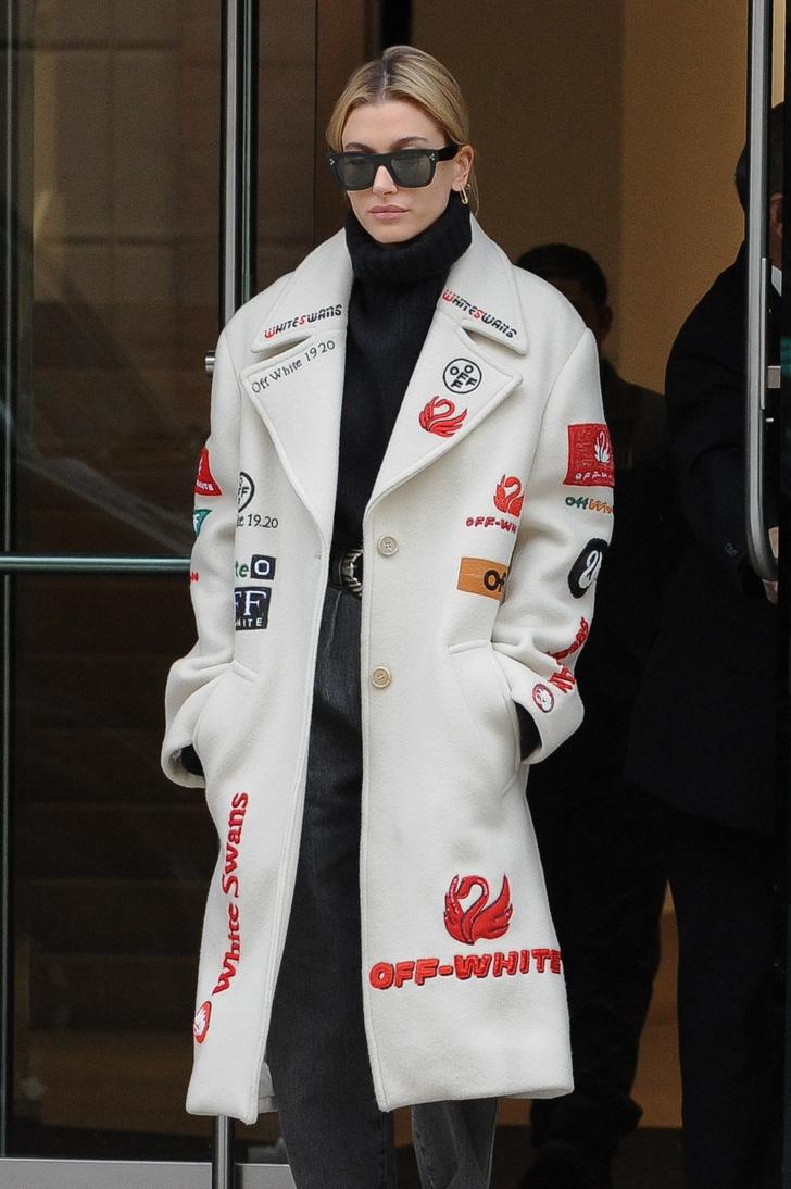 Как с помощью одного пиджака кардинально изменить образ? Пример Хейли Болдуин (фото 4)