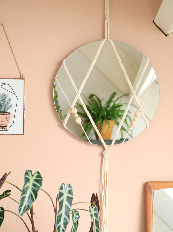Зеркало в интерьере: идеи и советы (фото 32)