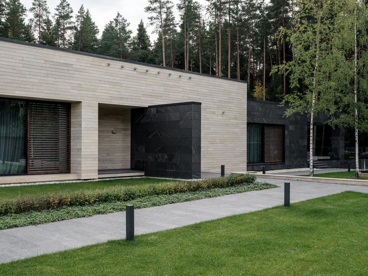 Современный дом  4500 м² с красивым садом на Новой Риге: проект бюро Woodstone (фото 3)