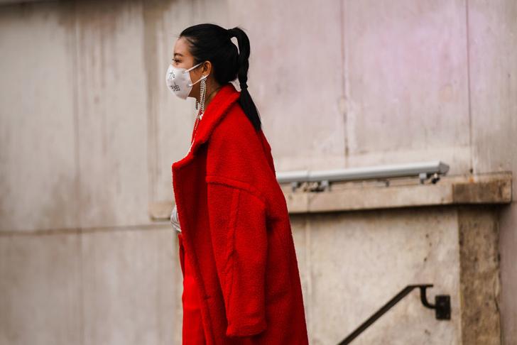 Как индустрия моды помогает бороться с коронавирусом (фото 3)