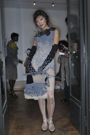 Показ On Aura Tout Vu коллекции сезона Осень-зима 2009-2010 года haute couture - www.elle.ru - Подиум - фото 88238