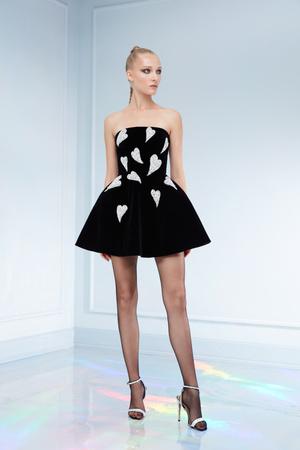 Maison Bohemique представил лукбук коллекции couture осень-зима 18/19 (фото 25.1)