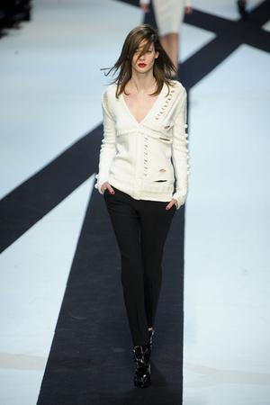 Показы мод Guy Laroche Осень-зима 2011-2012 | Подиум на ELLE - Подиум - фото 2185