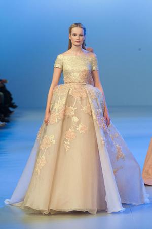 Показы мод Elie Saab Весна-лето 2014 | Подиум на ELLE - Подиум - фото 3781