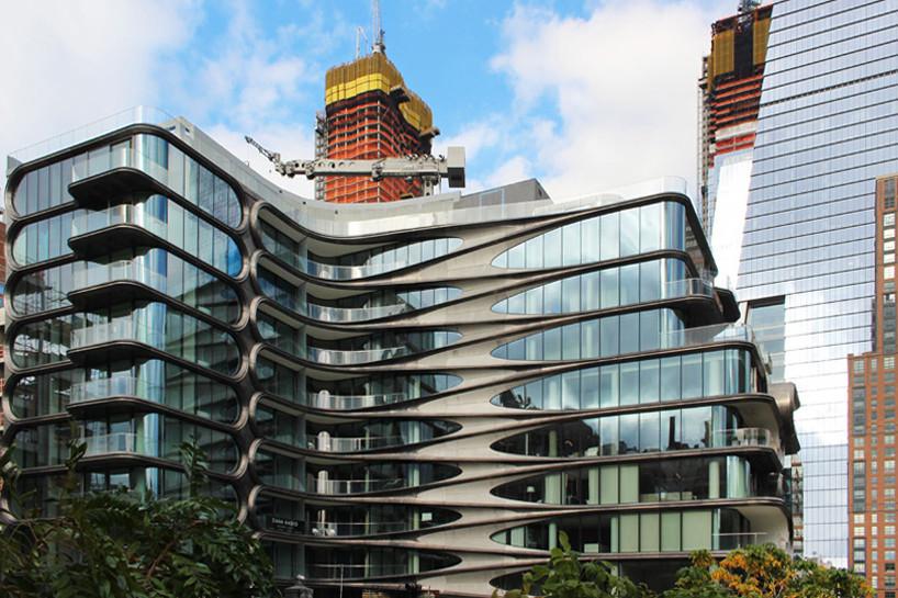 Первое жилое здание Захи Хадид в Нью-Йорке готово к заселению | галерея [1] фото [12]