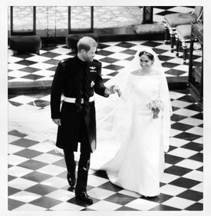 Чистота и простота: дизайнер, создававшая подвенечное платье Меган Маркл, опубликовала неизвестные снимки свадебной церемонии (фото 10)