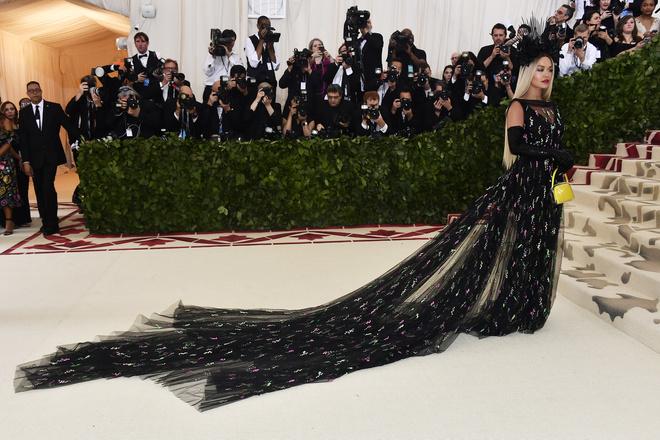 Met Gala 2018: самые красивые платья звезд (фото 5)