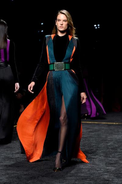 Неделя моды в Париже: 5 марта | галерея [1] фото [2]