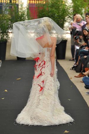 Показ On Aura Tout Vu коллекции сезона Осень-зима 2009-2010 года haute couture - www.elle.ru - Подиум - фото 88231