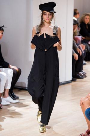 Показы мод Yohji Yamamoto Весна-лето 2015 | Подиум на ELLE - Подиум - фото 4216