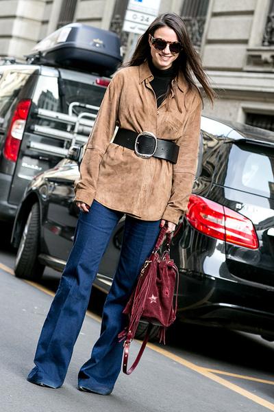 С чем носить джинсы осенью: советы, фото