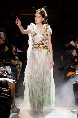 Показ Franc Sorbier коллекции сезона Весна-лето 2015 года haute couture - www.elle.ru - Подиум - фото 593402