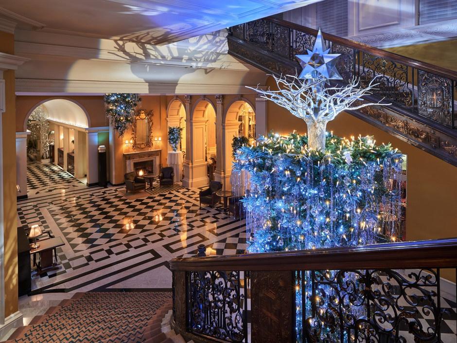 Claridge's London Hotel, Лондон
