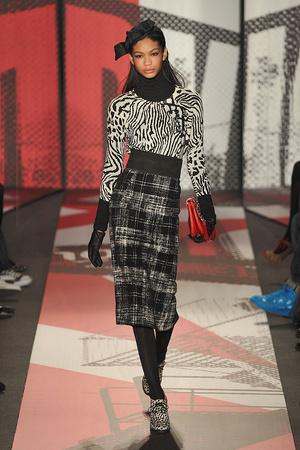 Показ DKNY коллекции сезона Осень-зима 2009-2010 года prêt-à-porter - www.elle.ru - Подиум - фото 90009