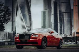 Rolls-Royce представили особую коллекцию Wraith, вдохновленную ночной Москвой (фото 1.1)