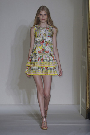Показ Collette Dinnigan коллекции сезона Весна-лето 2011 года prêt-à-porter - www.elle.ru - Подиум - фото 190348