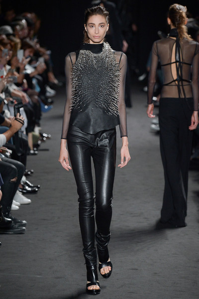 Неделя моды в Париже: день третий | галерея [2] фото [6]