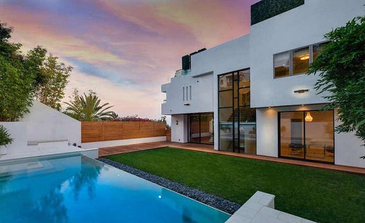 Новый дом Тайры Бэнкс с видом на океан (фото 0)