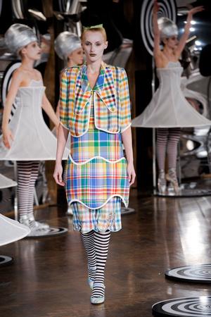Показы мод Thom Browne Весна-лето 2013 | Подиум на ELLE - Подиум - фото 1251