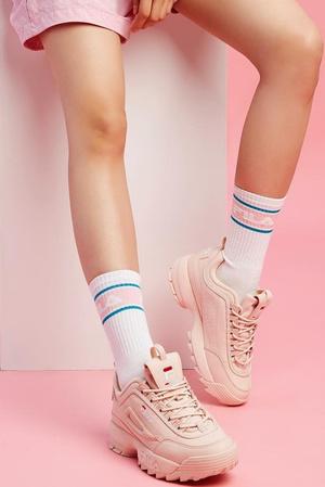 Millennial pink: кроссовки какого цвета будут актуальны этой весной (фото 1.2)