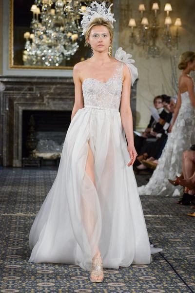 50 самых красивых платьев со Свадебной Недели Моды в Нью-Йорке | галерея [1] фото [2]