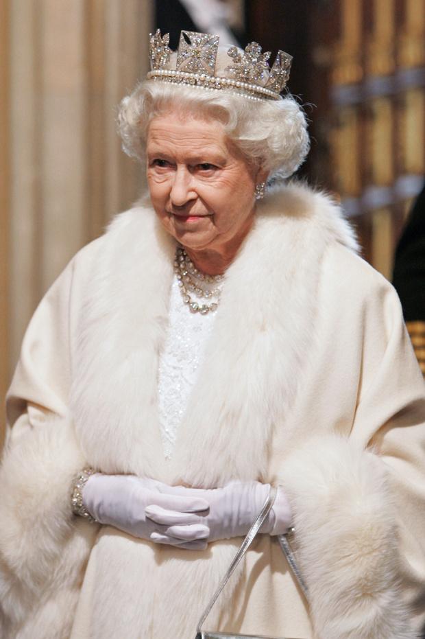 Могут ли современные королевы и принцессы носить натуральный мех? (фото 1)