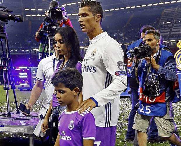 Семья поддержала Криштиану Роналду на финальном матче Лиги чемпионов