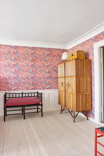 The Apartment: гестхаус, арт-галерея, мебельный салон (фото 15.1)