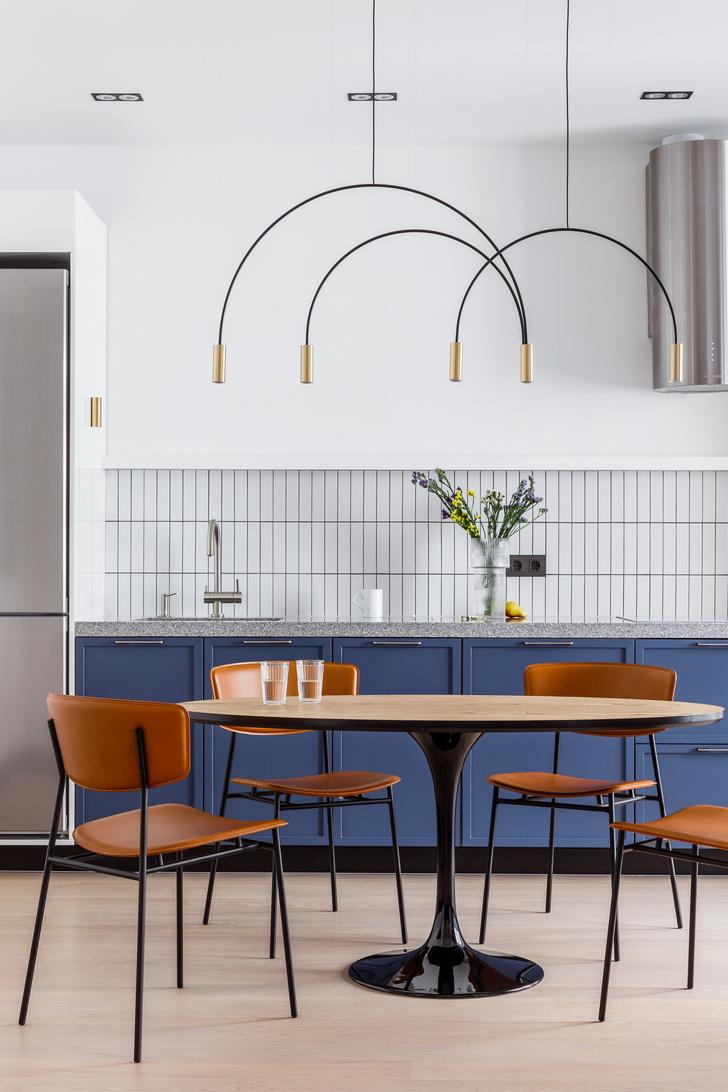 Современная интерпретация стиля «мидсенчури» для двухкомнатной квартиры в Краснодаре (фото 5)